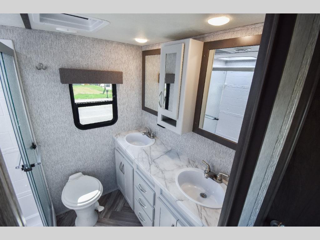 Dutchmen Bathroom